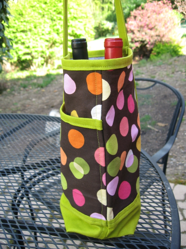 Wine Totes Side View
