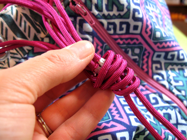 Paracord Knot5